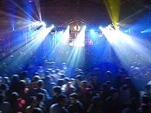 Alquilar discomovil en Valencia DJ desde 370€